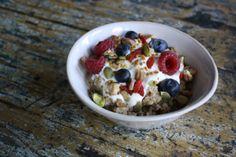 Steaming hot quinoa porridge recipe from The Holistic Ingredient