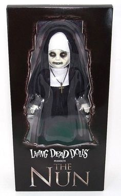 Mezco Toyz Living Dead Doll The Nun: The Conjuring 2 Collectible Horror Figure Halloween Doll, Creepy Halloween, Halloween Horror, Halloween Ideas, Creepy Baby Dolls, Pineapple Lemonade, Living Dead Dolls, Creepy Horror, Monster Dolls
