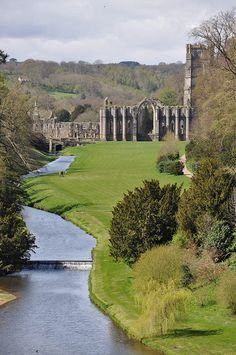 Fountains Abbey in Yorkshire is an amazing Cistercian abbey ruin set is a beautiful park. A wonderful day out.
