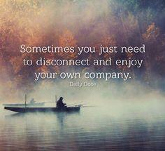 Algumas vezes você só precisa se desconectar e aproveitar a sua própria companhia! Tenham todos um excelente final de semana! #now #nowmaste #namaste