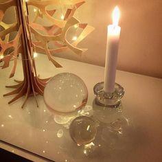Såja nu är lite av årets kristalliga jul på plats! Jag gillar både…