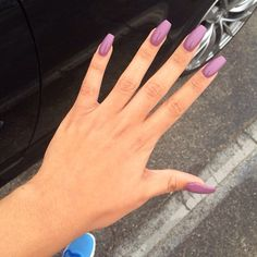 Pretty mauve nails! Love! Need to find a color like this!