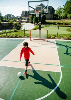 Keep everyone in the family happy and play dozens of games, activities and sports on your own backyard multi-game Sport Court by SportProsUSA. Backyard Sports, Village Kids, Outdoor Basketball Court, Football Pitch, Sport Park, Outdoor Pictures, Sports Complex, Outdoor Playground, Patio