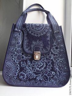 """"""" И неба синь """" . - синий,женская сумка,стеганная сумка,свободно-ходовая стежка"""