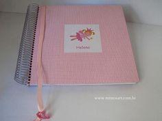 Caderno de assinatura em rosa, com aplicação de fada, para deixar lindos recados para a Helena. | Flickr - Photo Sharing!