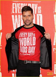 """#Celeb #Charity Ricky Martin dons an """"Everyday is World Aids Day"""" t-shirt while kicking off World AIDS Day on Friday (November 30) in New York City."""