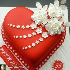 Wonderful Picture of Birthday Cake For Girlfriend . Birthday Cake For Girlfriend Birthday Cake Photos Cakes Sheetcakes Layers In 2018 29th Birthday Cakes, Heart Birthday Cake, Fancy Cakes, Cute Cakes, Pretty Cakes, Heart Shaped Cakes, Heart Cakes, Fondant Cakes, Cupcake Cakes