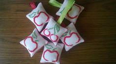 jabłko, wiśnia, apple, cherry, breloczek, keyring,   http://igielkamb.otwarte24.pl/