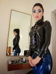 Marilyn Yusuf's Passion for Latex: Marilyn Wearing Latex Jeans in Greece Fetish Fashion, Latex Fashion, Fashion Models, Fashion Outfits, Girls Foto, Latex Girls, Pvc, Skin Tight, Sexy Hot Girls