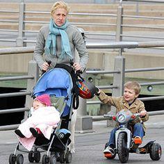 Celebrity Moms Who Adopted: Edie Falco (via Parents.com)
