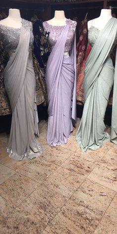 Pintgrams - Just another WordPress site Trendy Sarees, Stylish Sarees, Fancy Sarees, Sari Blouse Designs, Saree Blouse Patterns, Saree Draping Styles, Saree Styles, Drape Sarees, Sari Dress