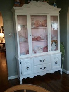 painted hutch... Like the chicken wire