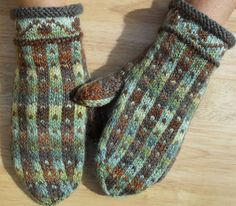 Hat and Mitten Gallery Crochet Mitts, Knitted Mittens Pattern, Knit Mittens, Knitted Gloves, Knitting Socks, Knit Crochet, Knitting Charts, Knitting Patterns Free, Free Knitting