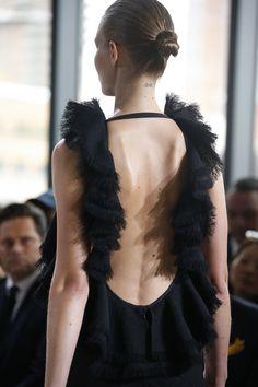Jason Wu Spring 2016 Ready-to-Wear Fashion Show - Lineisy Montero Jason Wu, Lineisy Montero, Spring Fashion, Fashion Show, Alexander Mcqueen, Black Wardrobe, Fancy Gowns, Vogue, Fashion Designer