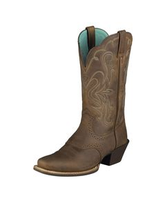 I love my boots! So comfortable!  Ariat Women's Legend Boot - Distressed Brown Cowgirl Outfits, Cowgirl Boots, Cowgirl Style, Western Boots, Women's Boots, Shoe Boots, Durango Boots, Me Too Shoes, Crazy Shoes