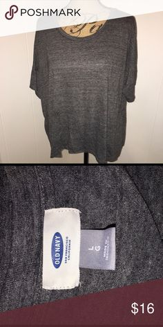 Loose Fitting Tee This basic tee is extra flattering because of its loose fit! Looks great on! Flawless! Old Navy Tops Tees - Short Sleeve