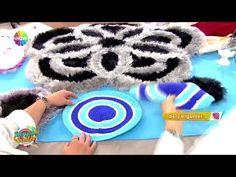 Papatya paspas yapımı! - YouTube Crochet Videos, Dyi, Beach Mat, Balloons, Applique, Outdoor Blanket, Weaving, Kids Rugs, Knitting