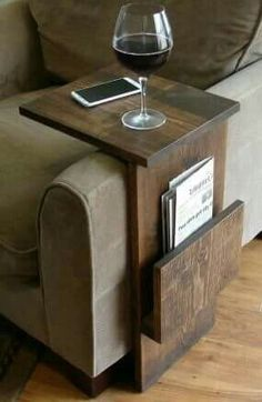 Armrest table with magazine tray