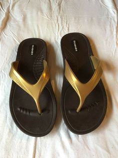 723bc2df0 Okabashi Gold Flip Flops Thong Sandals Beach Shoes Women s Size M L made in  USA