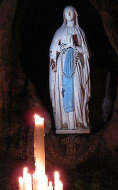 Jesus Fonte de Luz: NOSSA SENHORA DE LOURDES NÃO NOS ABANDONA NEM NAS ...