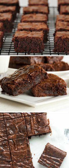 Cómo hacer brownies caseros – My Guilty Pleasure Chocolate Chip Cookies, Chocolate Brownies, Chocolate Desserts, Köstliche Desserts, Dessert Recipes, Brownie Desserts, Brownie Recipes, Cookie Recipes, Cookie Dough Cake