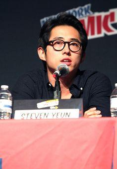 "New York Comic Con - ""The Walking Dead"" - Pictures - Zimbio"