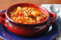 If you& stumped on what to make for dinner, consider throwing together this Ridiculously Easy Southern Succotash Stew. This easy casserole recipe simply has you throw a bunch of fresh vegetables into a pot of hot water. Veggie Recipes, Soup Recipes, Whole Food Recipes, Vegetarian Recipes, Cooking Recipes, Veggie Dishes, Copycat Recipes, Dinner Recipes, Vegan Stew