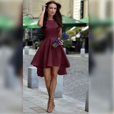 Highlight with pure candy color, this dress is so shinning and bright will make you charming in the party and street. With irregular design make this dress uniq