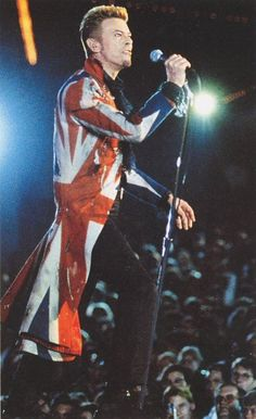 Thin White Duke's tour's in 1996-1997, as well as the Iconic Union Jack Coat he wore on the Cover of the Earthling album