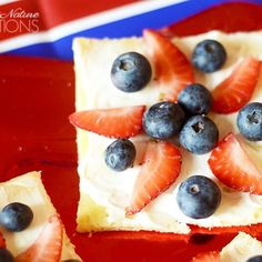 Red, White and Blueberry Fruit Pizza Stars! So cute!