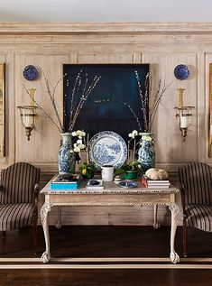 47 best blue and white love images guest rooms living room rh pinterest com