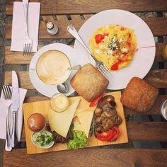 Frühstück 2 Milou