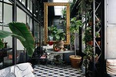 cool UN LIEU DIFFÉRENT... VERRIÈRES ET MURS NOIRS Check more at http://igreti.net/un-lieu-different-verrieres-et-murs-noirs/