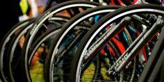 A First-Timer's Guide to Buying a Bike - simple but great tips Running Workouts, Workout Gear, Duathlon Training, Beginner Triathlete, Nike Wear, Triathalon, Bike Trails, Biking, Ironman Triathlon