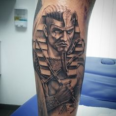 Amazing Egyptian Tattoos Designs and Ideas for Men and Women – Fake Tattoos & Temporary Tattoos Dope Tattoos, Black Tattoos, Body Art Tattoos, Tattoos For Guys, Men Tattoos, Osiris Tattoo, Anubis Tattoo, Sleeve Tattoos For Women, Tattoo Sleeve Designs