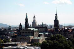 ciudad dresde  y poemas en mundos propios Barcelona Cathedral, Building, Travel, World, Dresden, Poems, Cities, Viajes, Buildings