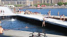 Kalvebod Brygge waterfront is Kalvebod Bølge (Kalvebod Wave) that entices relaxation, activities and fun.