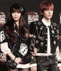 HyunA 현아 from 4minute + HyunSeung 현승 aka JS from B2ST = Trouble Maker at Mnet Asian Music Awards