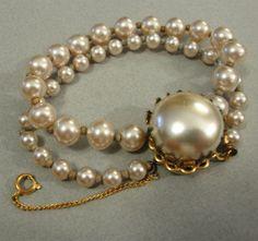 Vintage Miriam Haskell glass pearl bracelet by TootiesBackSeat, $105.00