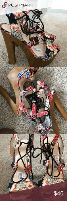 New  Jessica Simpson platform sandals Floral Jessica Simpson platforms perfect with jeans shorts or a dress.... ready for spring Shoes Platforms