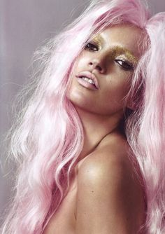 pink and gold hair and makeup