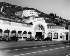 ...vintage movie star Thelma Todd's place...her mysterious death still an open case in Hollywood...