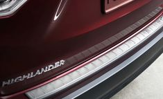 Avoid getting scrapes and scratches on your bumper with a rear bumper protector.  PU060-48214-P1
