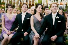 Awww a wedding pic! Alice, Jasper, Carlisle, and Esme :) @Lifee.com
