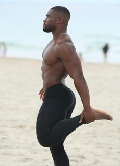 Hunks Men, Male Hunks, Lycra Men, Cute Black Boys, Handsome Black Men, Male Beauty, Male Body, Mens Fitness, Male Models