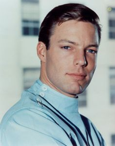 Kildare, 1961 (Richard Chamberlain)I was in love with him even then. Fast forward to him in the Thorn Birds! Richard Chamberlain, Nostalgia, Tv Actors, Actors & Actresses, Dr Kildare, The Thorn Birds, Old Tv Shows, Cinema, Classic Tv