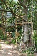 Creative and cute backyard garden playground for kids (29)