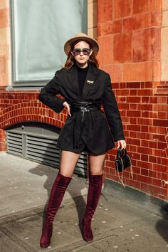 The Street Style Crowd Was All About Tonal-Blocking on Day 5 of London Fashion Week - Fashionista London Fashion Weeks, Autumn Street Style, Street Style Looks, Snakeskin Boots, Satin Jackets, Style Snaps, Cool Street Fashion, New Trends, Ideias Fashion
