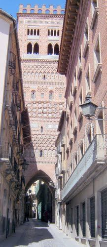 Teruel - Torre del Salvador ***photo by Robert Bovington*** http://www.panoramio.com/user/2391258