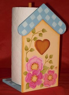 Porta rollo Tole Painting, Painting On Wood, Wood Crafts, Diy Crafts, Arts And Crafts, Wood Projects, Projects To Try, Crochet Bunny Pattern, Country Paintings